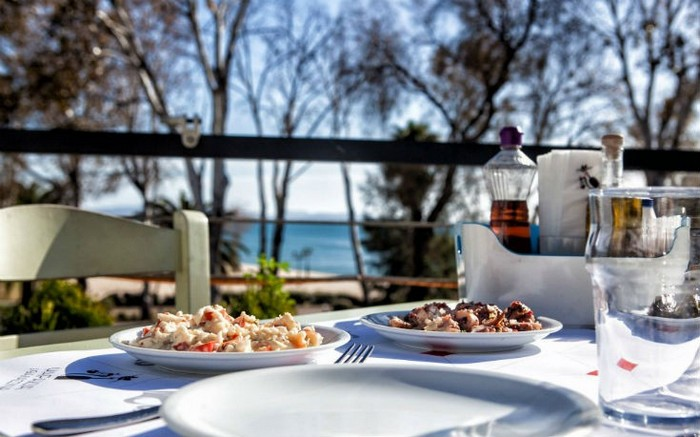 25η Μαρτίου: Οι 10 καλύτερες ψαροταβέρνες στην Αττική | proorismoi.gr