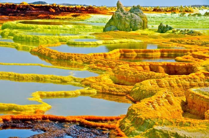Εκπληκτικά μέρη που μοιάζουν βγαλμένα από άλλο πλανήτη (13)