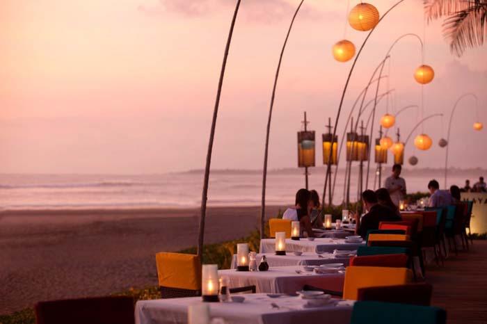 Μοναδικά εστιατόρια που θα σας κάνουν να ξεχάσετε το φαγητό (7)
