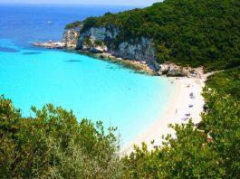 Μυστικές ελληνικές παραλίες που μάγεψαν την Telegraph (3)