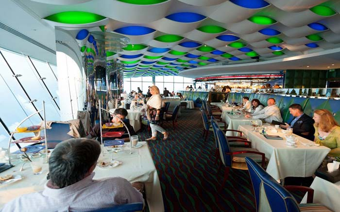 Εστιατόρια με θέα που κόβει την ανάσα (8)