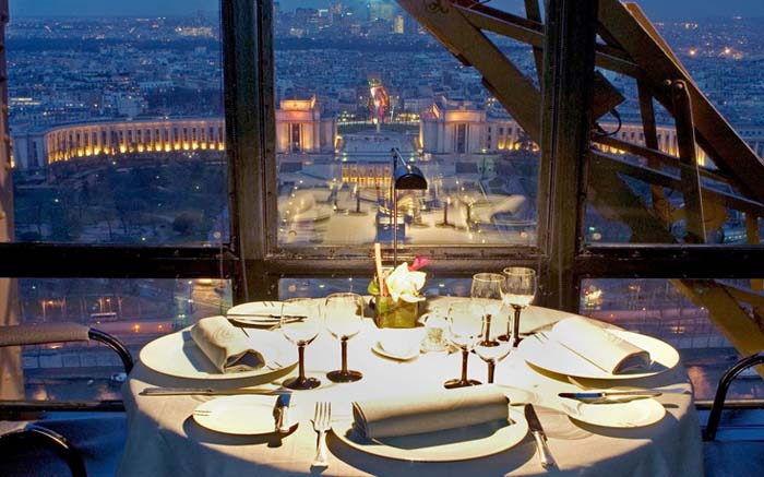 Εστιατόρια με θέα που κόβει την ανάσα (7)
